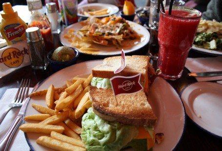 club sandwich, nachos and drink at hard rock café copenhagen