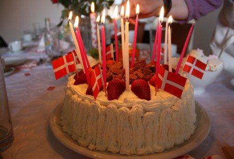 Danish birthday cake with daim and strawberries