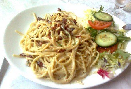 spaghetti carbonara in rødovre