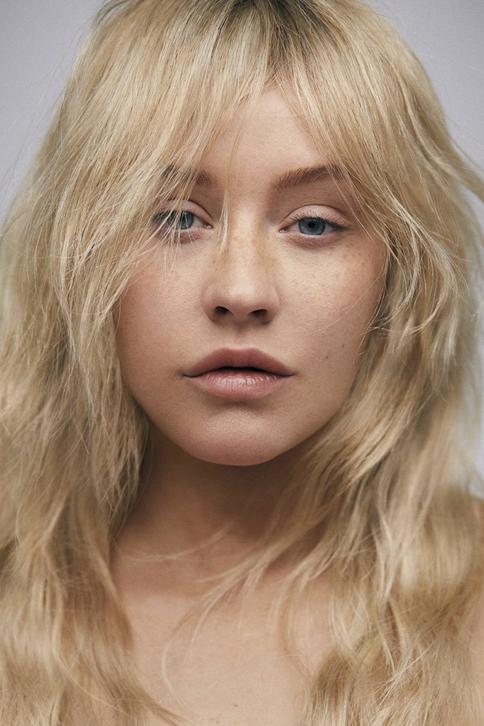 Christina aguilera natural makeup and look