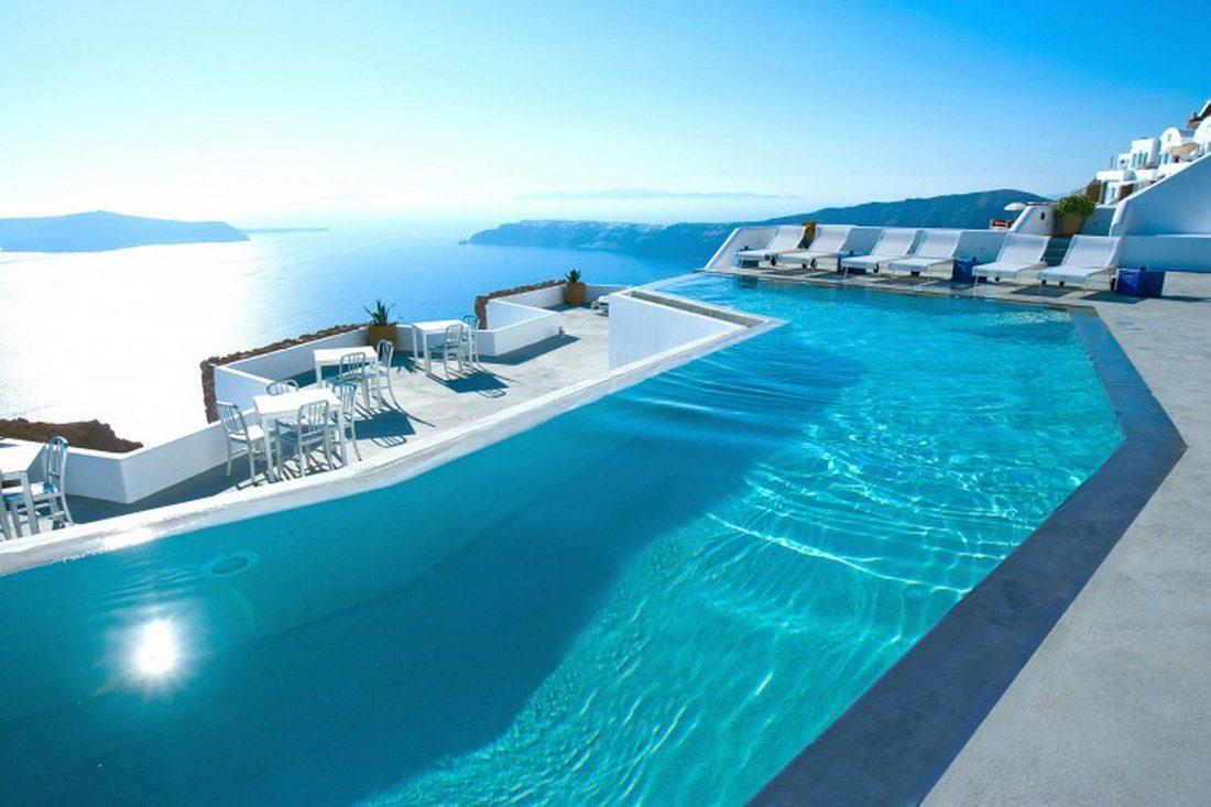 Grace-Santorini-Hotel-03-2-750x499