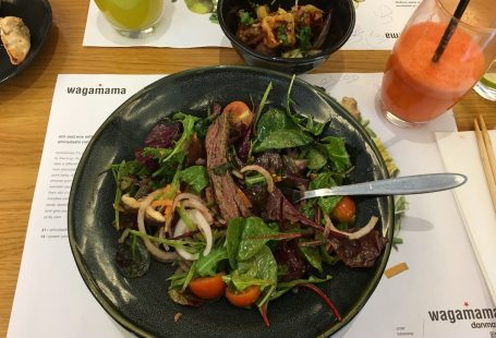 shiitake steak salad and juice wagamama