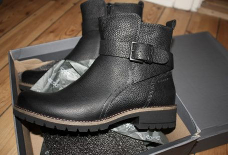 Ecco black leather boots 2017