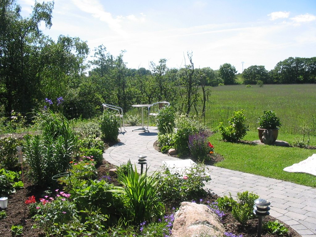 My grandmas garden in Næstved 2005