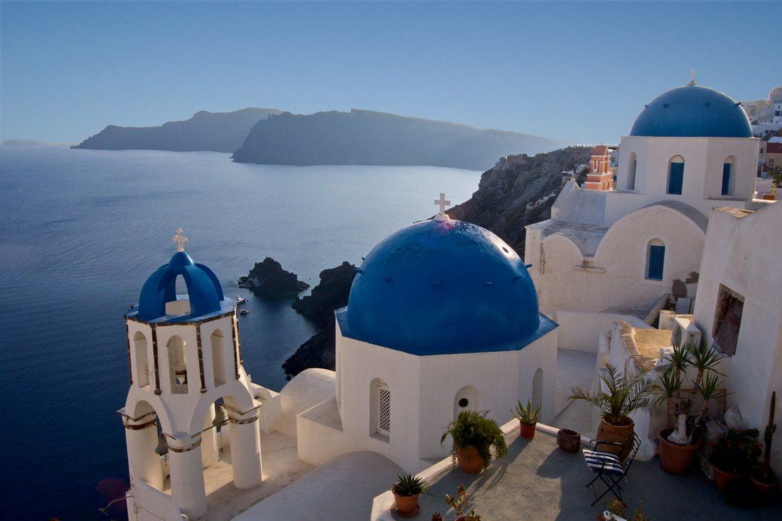 Oia_Santorini_Greece