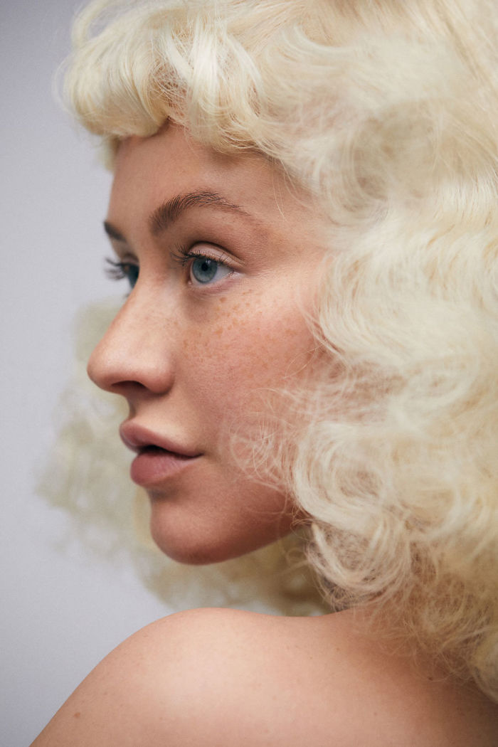 christina-aguilera-no-makeup-paper-beautiful