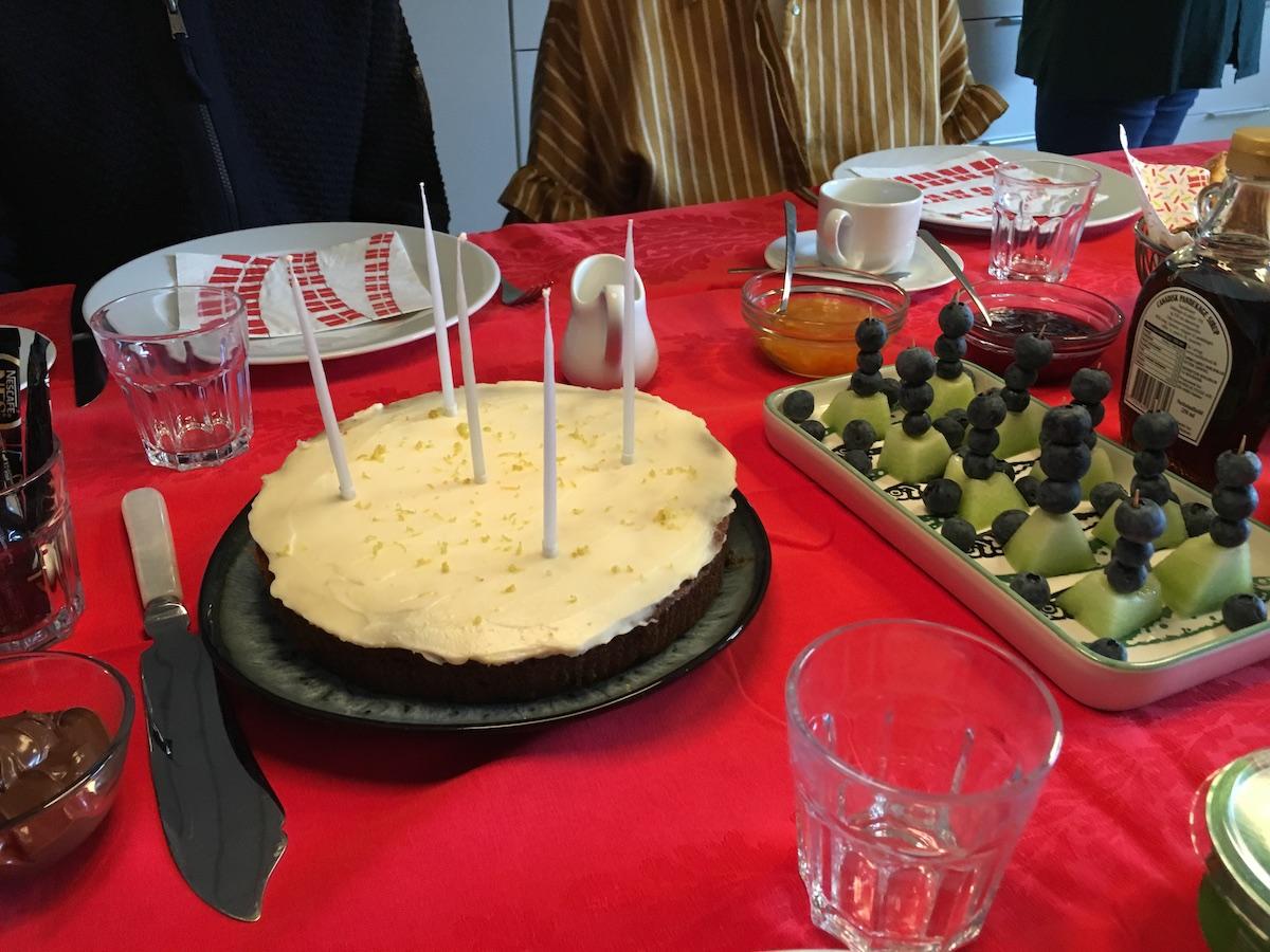mors 56 års fødselsdag lækker kage