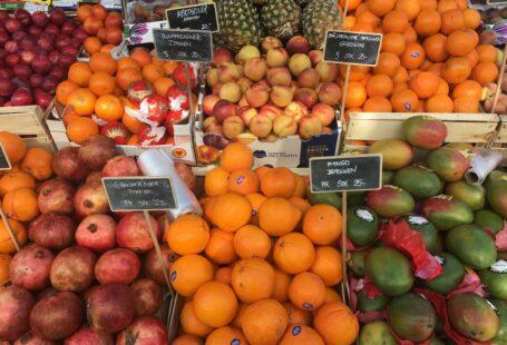 nectarines, blood oranges, oranges, plums and mangos at torvehallerne cph